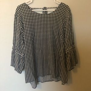 Maurices black and white blouse
